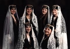 Армянские красавицы в национальных